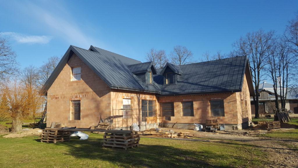 Tradicinis didelis ūkininko namas